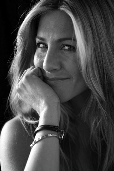 Jennifer Aniston black and white famous human design Manifestor